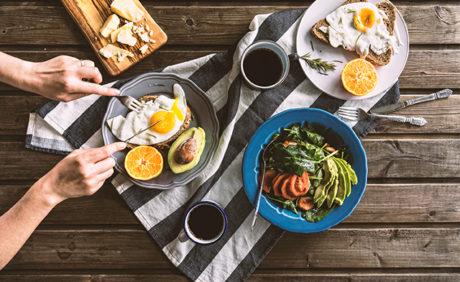 Breakfast Ideas That Will Make Her Mornings Cozier